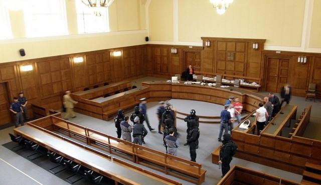 Soud již poslal do vazby čtyři obviněné, včetně Březinové