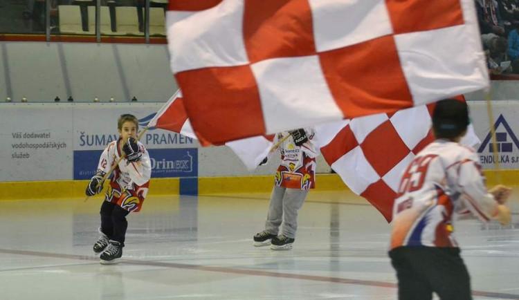 Hokejisté porazili Chomutov za osm minut