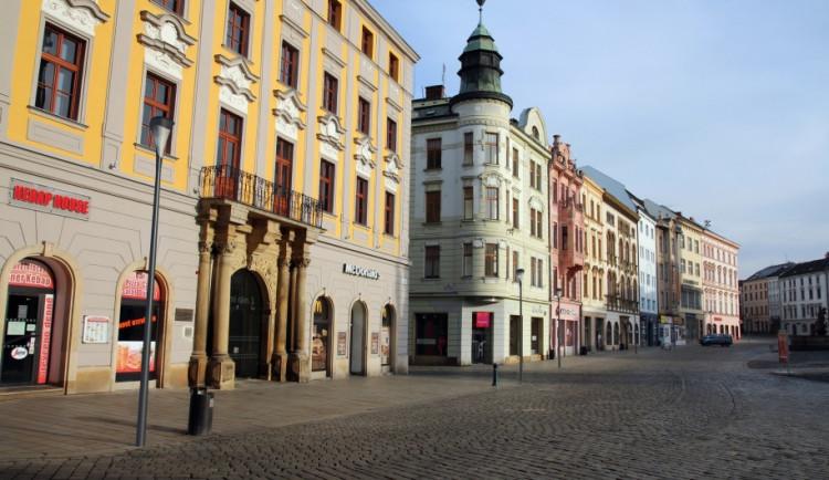 Radnice nečekaně vyměnila lampy v centru Olomouce