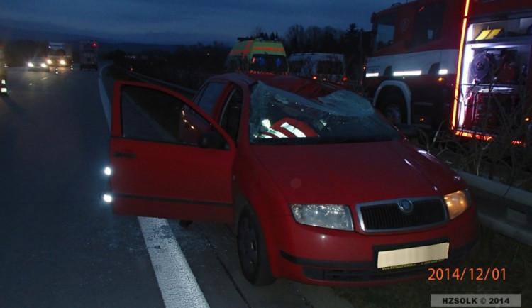 Řidiče na R35 usmrtilo kolo uvolněné z nákladního auta