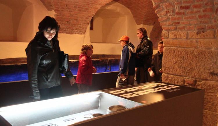 Do Olomoucké muzejní noci se zapojí přes čtyřicet institucí, bude jezdit i speciální autobus