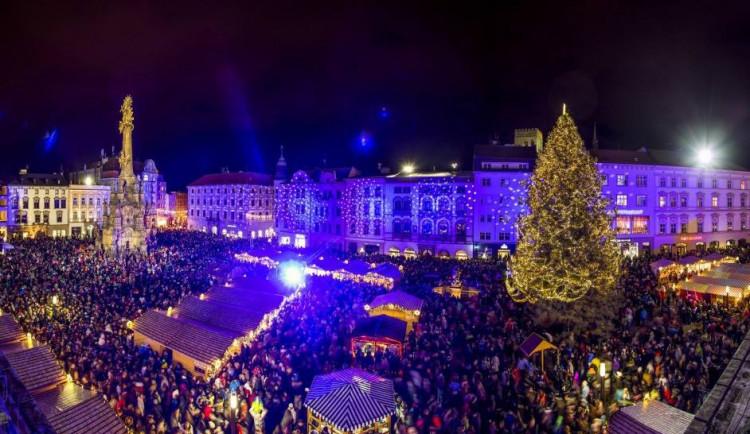 Letošní vánoční trhy začnou 20. listopadu. Tady je jejich kompletní program!