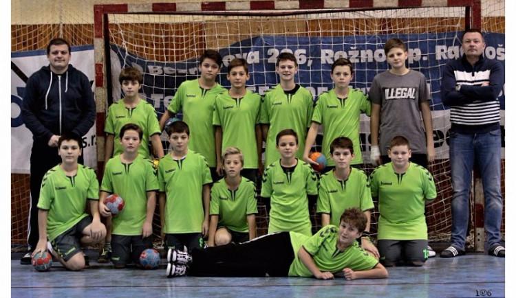Házenkářský tým mladších žáků TJ STM Olomouc skončil bronzový v turnaji Dobiáš CUP