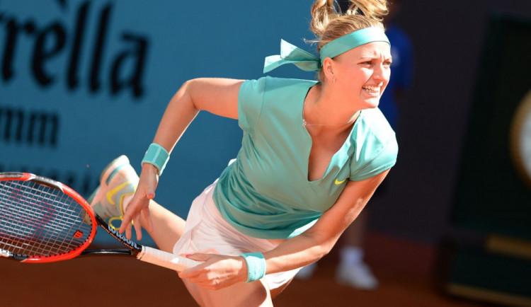 Případ Kvitové obletěl tenisovým světem, soupeřky přejí Petře rychlé uzdravení