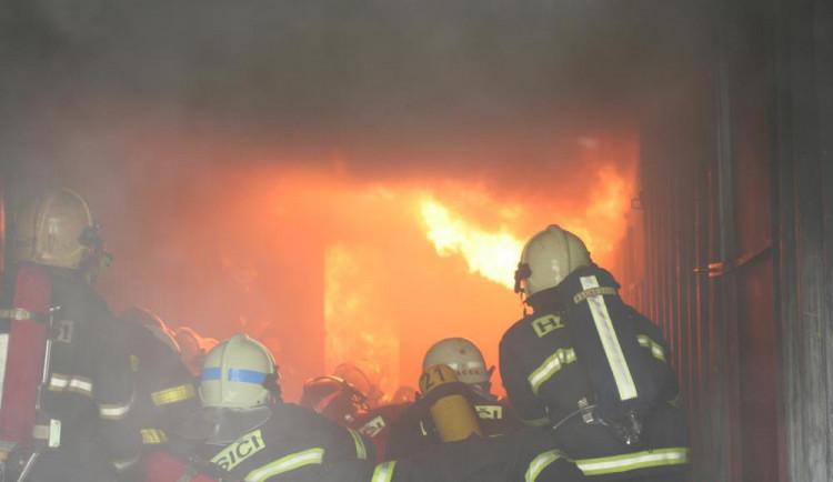 Konec roku ssebou přináší nejen oslavy, ale také zvýšené riziko vzniku požáru