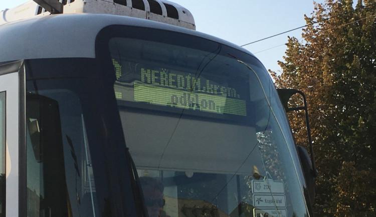 Od příštího týdne nebudou na Novou ulici zajíždět tramvaje, nahradí je autobusy