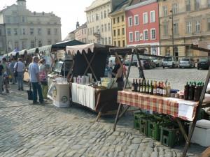 KULTURA V OLOMOUCI: Zajděte na farmářské trhy nebo legendární duo Kaiser a Lábus