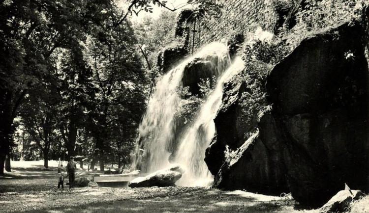 DRBNA HISTORIČKA: Veděli jste, že měla Olomouc v parku svůj vlastní velký vodopád?