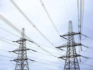 ČEZ vyhlásil kvůli větru kalamitní stav v sedmi krajích. Krize se má přesunout i na Moravu