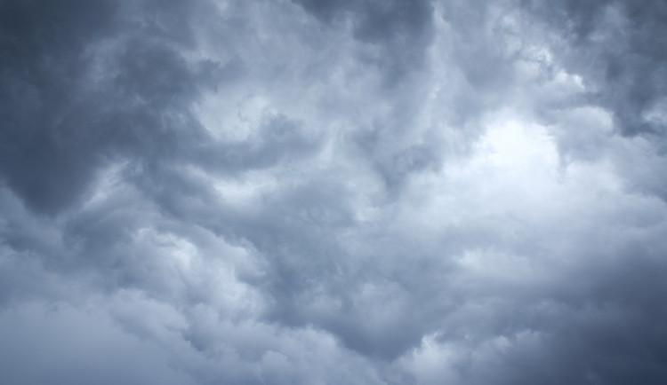 POČASÍ NA ÚTERÝ: Čeká nás propršený den s teplotami do pěti stupňů