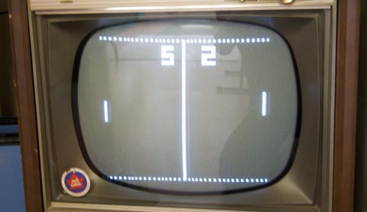 Legendární hra Pong slaví 45 let. Odstartovala videoherní byznys