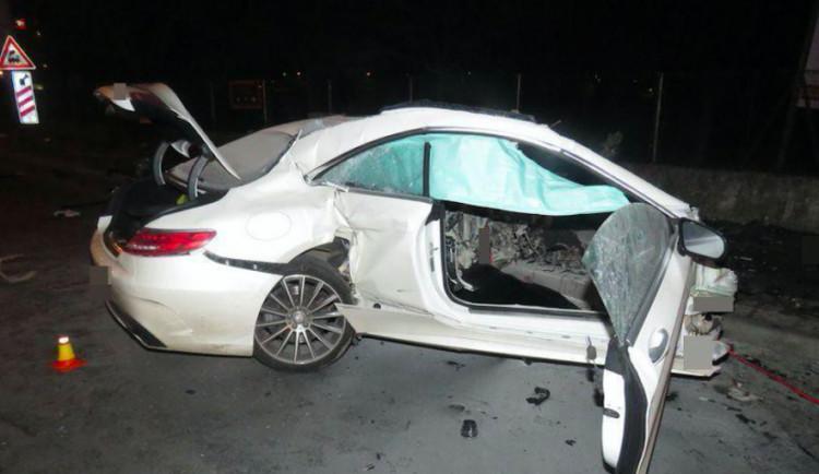 Řidiči, který havaroval na Wolkerově, hrozí až šest let za mřížemi. Případ si převzali kriminalisté