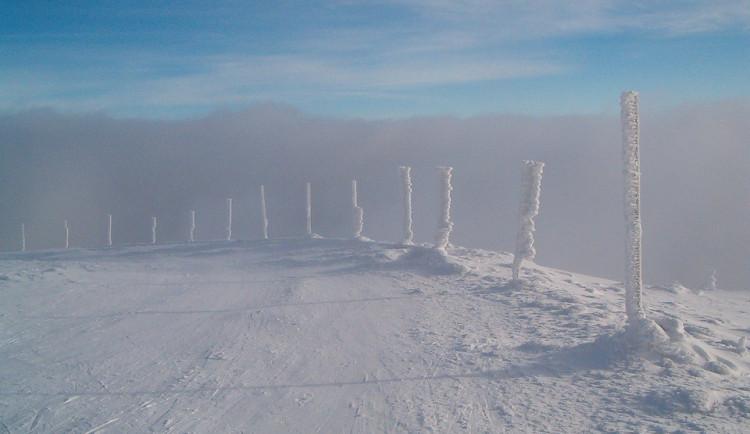 V Jeseníkách panuje zima jak má být, na horách je 65 čísel sněhu