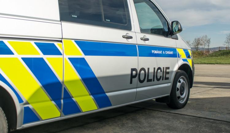 Ná dálnici D35 skončilo vyšetřování nálezu mrtvého těla, kolem třetí by měl být obnoven provoz
