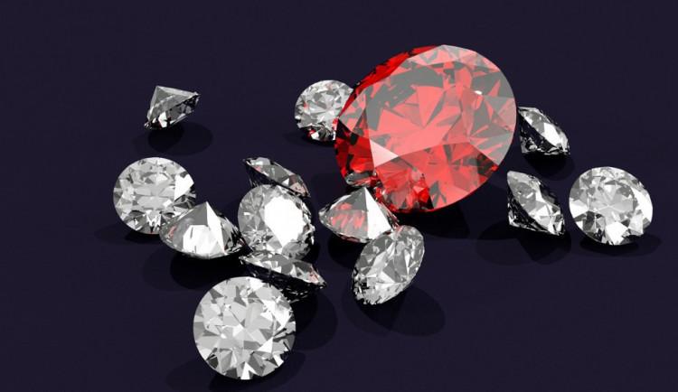 Máte doma drahokamy? Není vše diamant, co se třpytí, upozorňuje soudní znalec