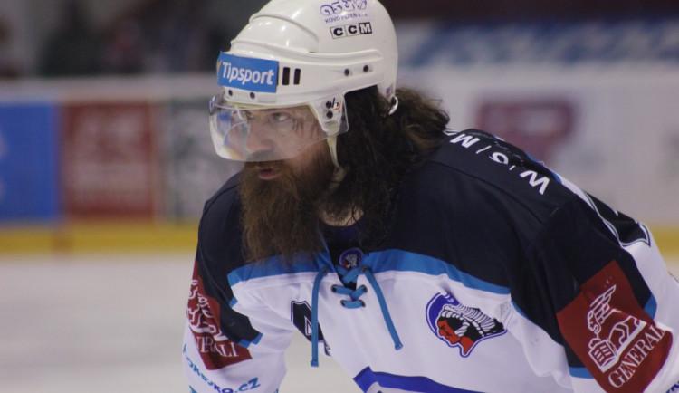 VIDEO: Hollweg sestřelil Houdka. HC Olomouc podává podnět k posouzení zákroku