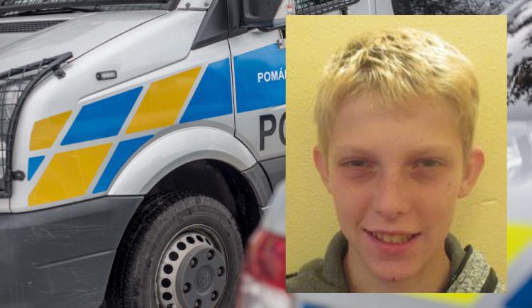Policie pátrá po čtrnáctiletém svěřenci výchovného ústavu, který utekl z prázdninového pobytu