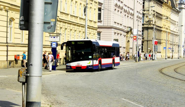 PŘEHLED: Podívejte se, jak pojedou tramvaje a autobusy v den olomouckého půlmaratonu