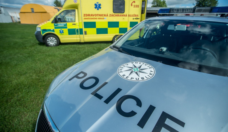 Policisté ze Šternberka zachránili mladíka, který se chtěl u Příkaz utopit