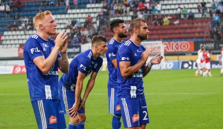 FOTOGALERIE: Slavia nadělila na úvod ligy Sigmě tři góly, z domácích zářil nováček Pilař