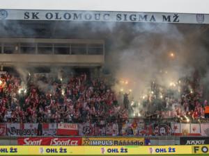 Sigma Olomouc zaplatí za nesportovní chování fanoušků na zápase se Slavií pokutu 65 tisíc