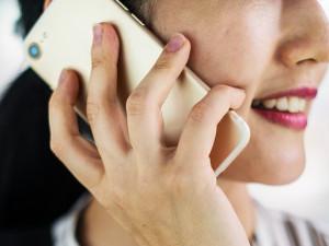 Na olomouckou tísňovou linku 158 je více než pětina telefonátů planých