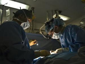 Nemocnice v Olomouckém kraji si chválí znalosti a pracovní nasazení zaměstnaných ukrajinských lékařů
