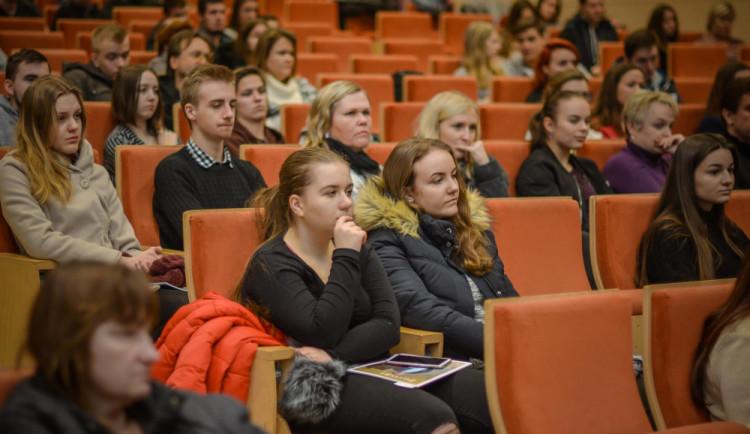 Začal akademický rok, Olomouc oživí 21 tisíc studentů Univerzity Palackého