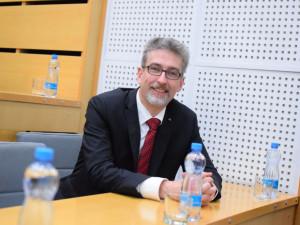 Olomouc má oficiálně nového primátora. Dnes se jím stal Miroslav Žbánek