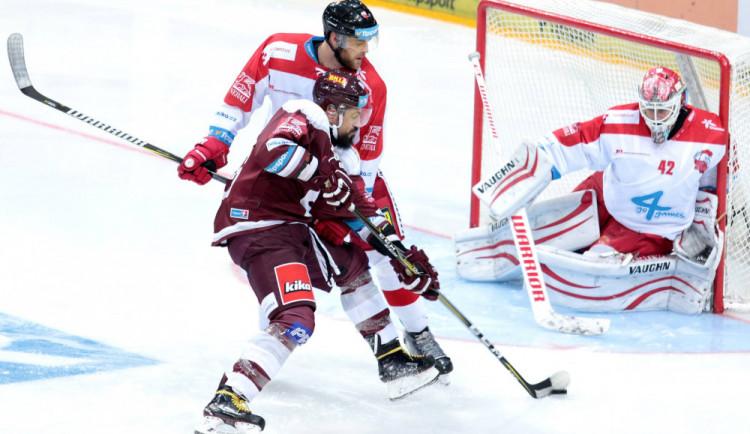 Kohouti porazili Spartu. Olomouc vedla dvakrát o tři góly, nakonec zvítězila 6:4