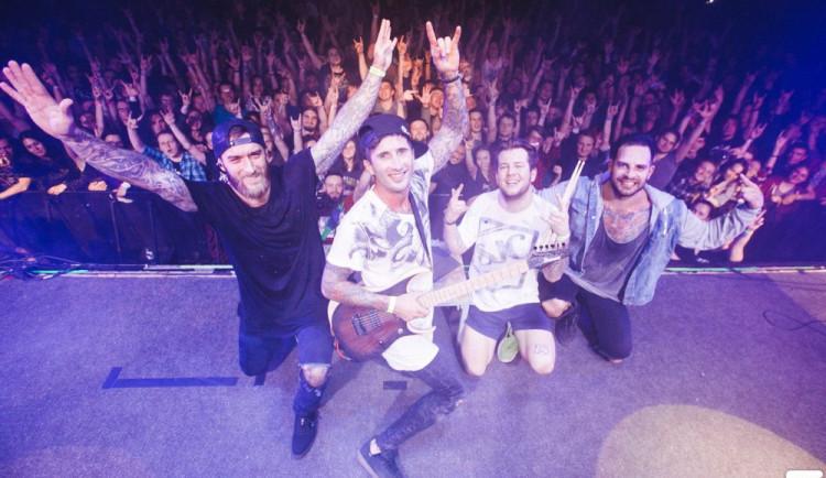 ROZHOVOR: S olomouckou kapelou Sunset Trail o tour po Rusku, o publiku i o práci ambasády