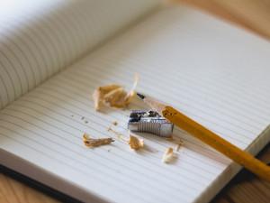Školáky čeká pololetní vysvědčení. Pokud bude špatné, je nejvyšší čas s tím do konce roku něco udělat