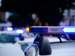 Falešní policisté zastavili řidiče a chtěli mu udělit pokutu za překročení rychlosti