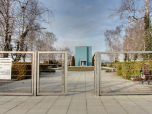 Olomoucké krematorium zrušilo pohřeb s desítkami hostů. Důvod nechápou pozůstalí ani ministerstvo