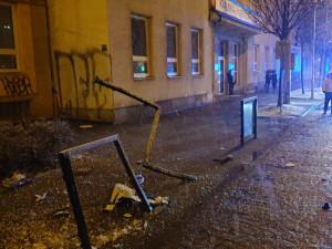 FOTOGALERIE: Hasiči kvůli silnému sněžení řešili přes šedesát událostí
