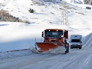 Zimní údržba silnic a chodníků v Olomouckém kraji se letos prodraží