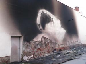 Nad ránem hořely kontejnery ve třech vesnicích okolo Olomouce. Hasiči nevylučují, že jde o jednoho žháře
