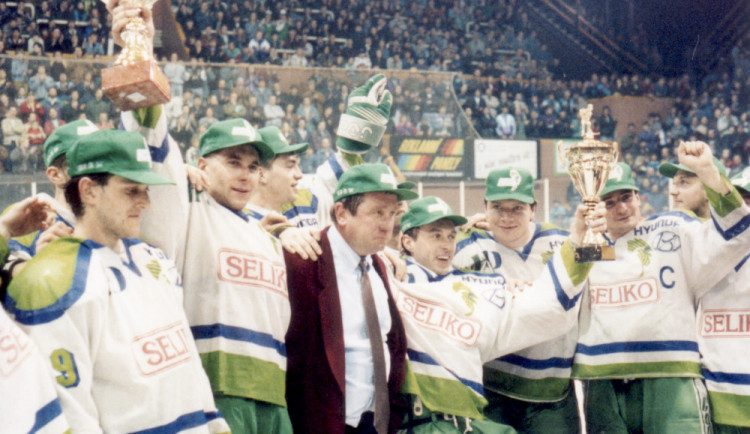 FOTOGALERIE: Mistři z roku 1994 oslaví v Olomoucis fanoušky čtvrtstoletí od zisku titulu