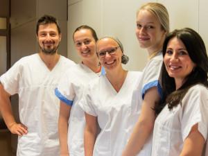 Fakultní nemocnice Olomouc se kompletně převléká do nového. Změní se prádlo pro pacienty i oblečení zdravotníků