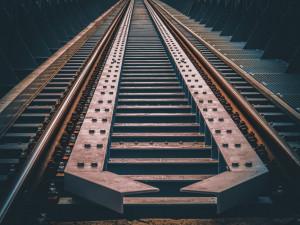 Letos zahájí SŽDC elektrizaci a modernizaci železnice z Olomouce do Uničova