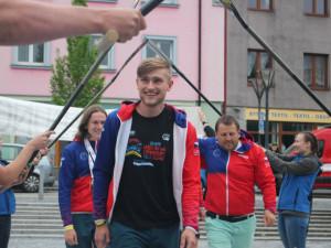 Jeseník přivítal posádku Youngster Yes. Na raftovém mistrovství světa vAustrálii vybojovala tři medaile