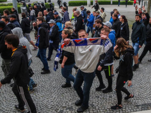 Baníkovci po včerejším utkání v Olomouci napadli rozhodčího