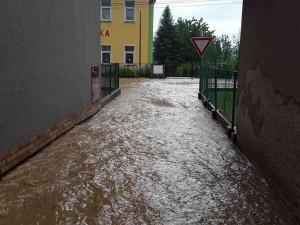 AKTUÁLNĚ: Olomoucký kraj zasáhly silné bouřky. Hasiči hlásí 120 výjezdů