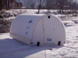 VIDEO: Přerov pořídil iglú pro bezdomovce. Jsou pro jednotlivce i pro páry