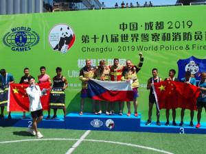 FOTO: Olomoucký hasič vybojoval v Číně zlatou a bronzovou medaili