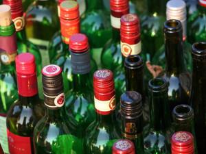 Do chatky se vloupal zloděj, který si odnesl tvrdý alkohol, pivo i pár kilo česneku