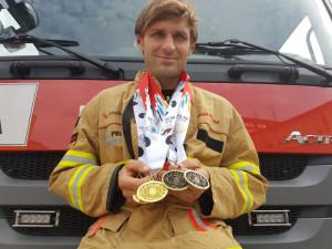 Olomoucký hasič Přecechtěl vybojoval v Číně dvě zlaté a dvě bronzové medaile