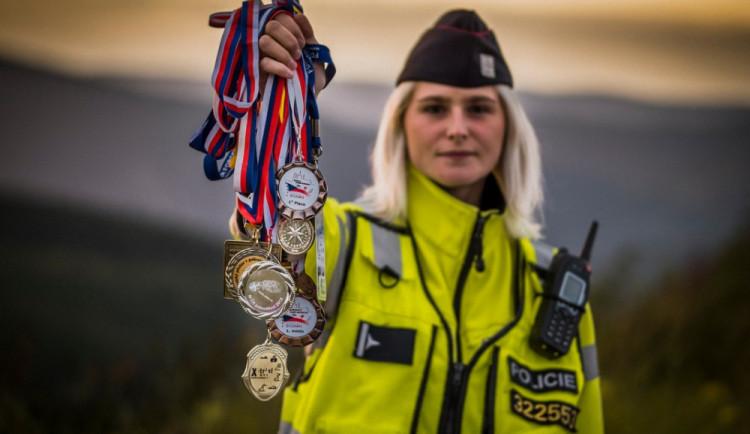 ROZHOVOR: Když děláte práci, která vás baví, jste šťastný člověk, říká policistka Radka Štýbnarová