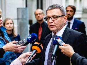Lubomír Zaorálek se omluvil za Staňkův krok a zrušil výběrové řízení na šéfa Muzea umění