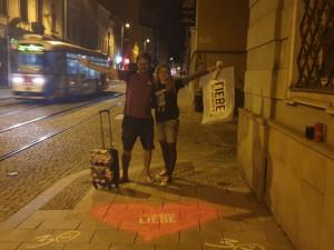 Po Olomouci se na chodnících objevila velká srdce.  Chtěli jsme do světa vypustit trochu lásky, říká Petr Bouška